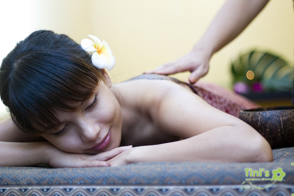 aromatherapy body massage & spa Tini spa