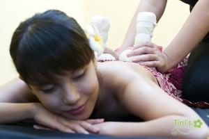 Body-massage-rawatan-selepas-bersalin-Tinispa